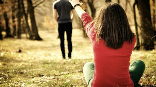 5 Methods to Help you Stop Loving a Person